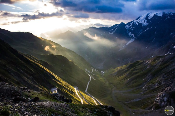 stelvio-pass-sunrise