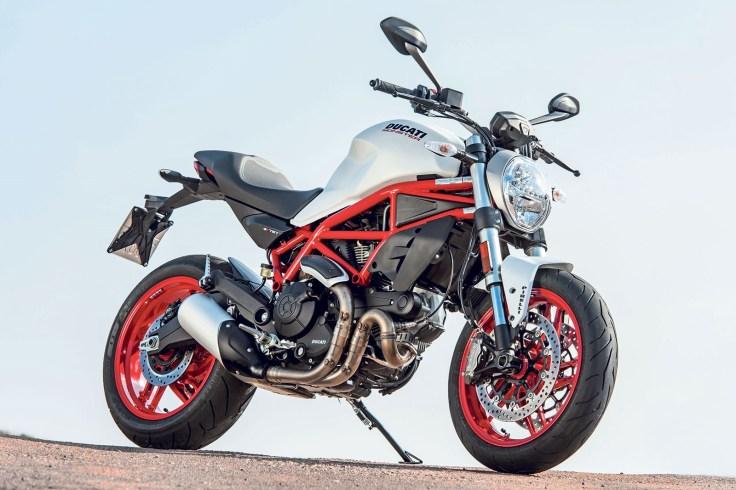 Ducati_Monster_79711